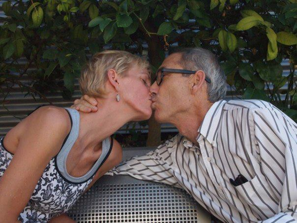reb & ken: anniversary kanoodling