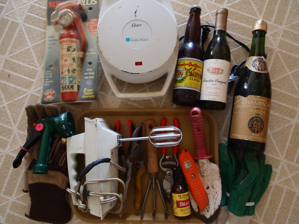 collection: kitchen cupboard contents (random)